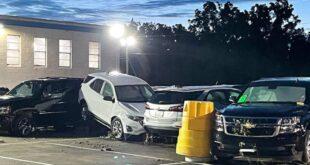 بعد ضرب الإعصار إيدا ، يلتقط تجار السيارات قطعًا